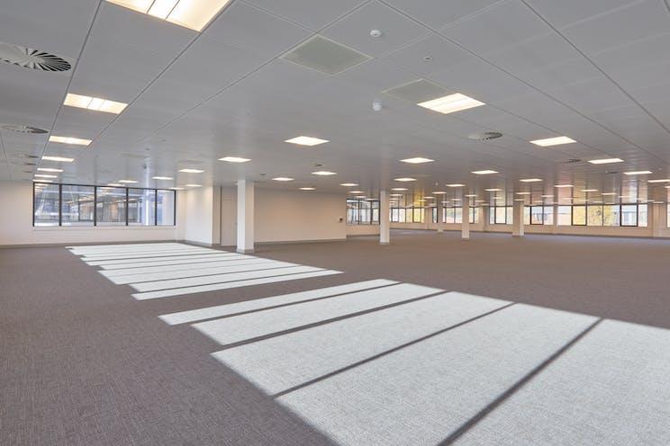 Unit 1 Genesis Business Park, Woking, Offices To Let - Genesis 1 0035.jpg