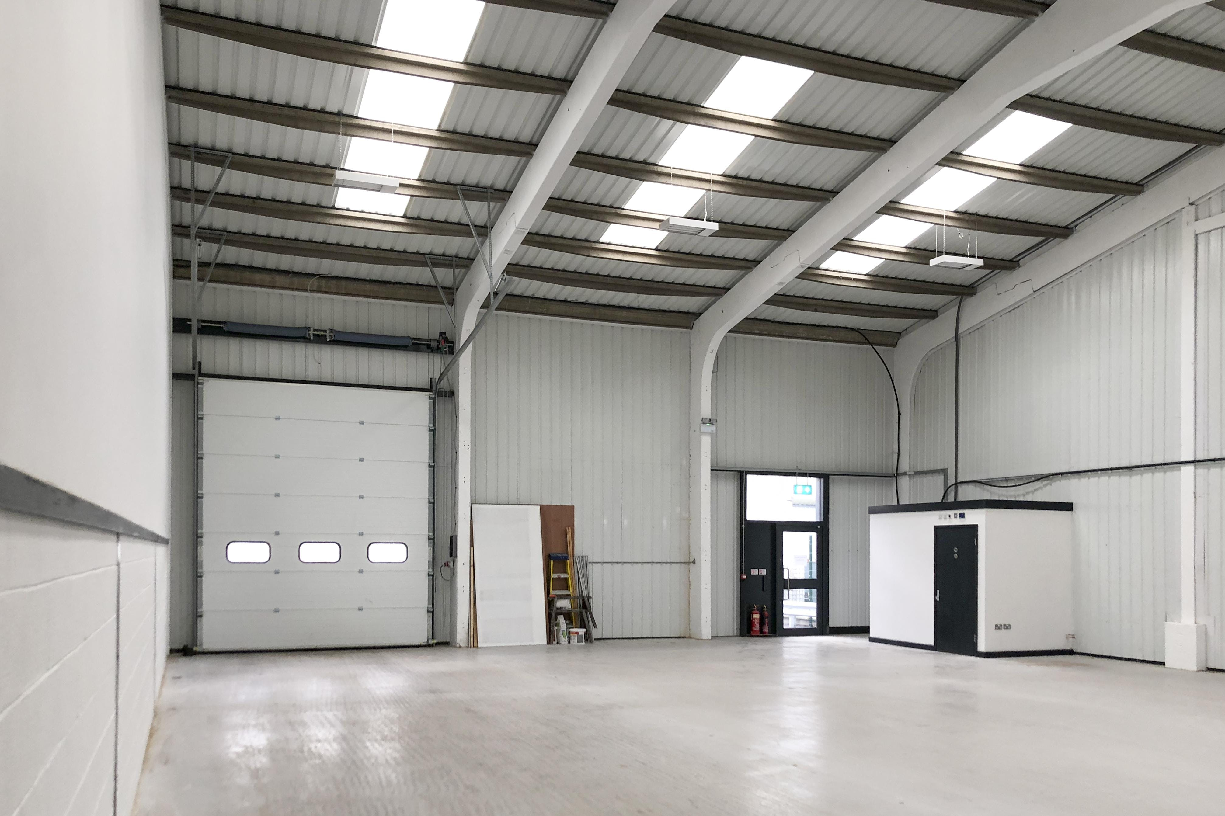 1A Drakes Drive, Crendon Industrial Park, Industrial To Let - F-7.jpg