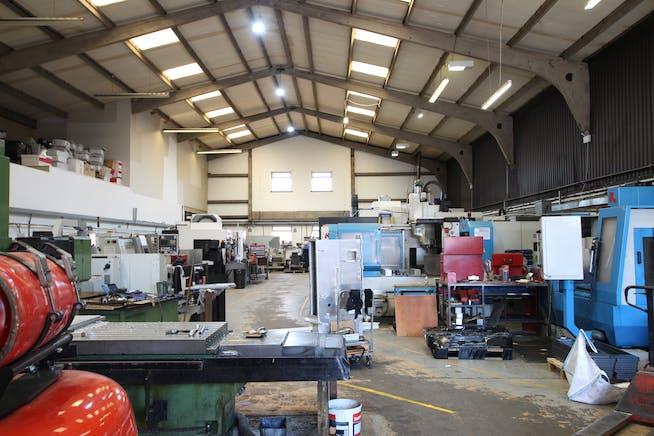 7B Woolmer Trading Estate, Bordon, Warehouse & Industrial To Let - IMG_1546.JPG
