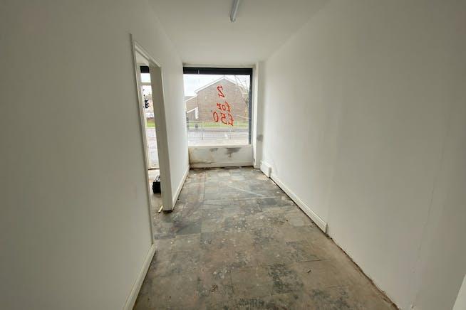 114 Church Elm Lane, Dagenham, Office / Retail To Let - IMG_3305.JPEG