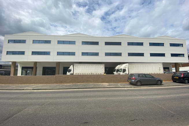 43 - 49 Fowler Road, Hainault, Office / Industrial To Let - IMG_1632.jpg