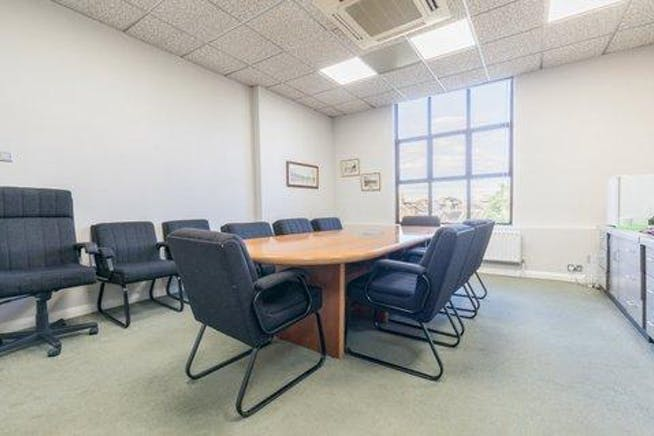 Claremont House, Windsor, Serviced Office To Let - AF0A3956.jpg