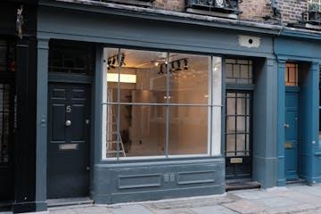 5 Newburgh Street, London, Retail To Let - 5 Newburgh Street.jpg