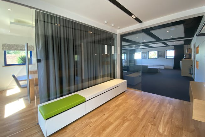 Unit 7, 8 & 9, Theale Lakes, Reading, Offices To Let - IMG_7802.jpg