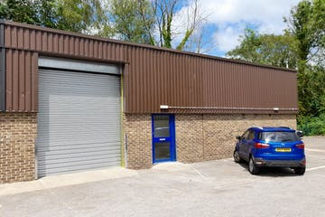 Unit I, St Martins Trade Park, Winchester, Warehouse & Industrial To Let - 20210608_124407.jpg
