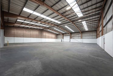 Unit 1, Heathrow International Trading Estate, Hounslow, Industrial To Let - Internal 2.jpg - More details and enquiries about this property