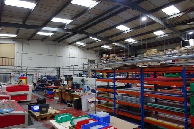 2 Manton Street, Sheffield, Warehouse & Industrial / Offices To Let - DSC00688.JPG