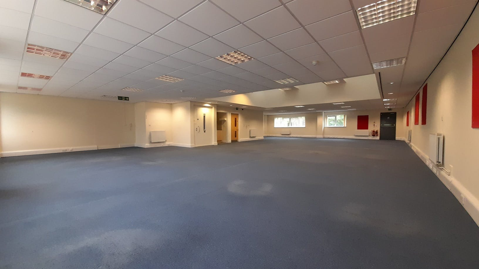 Unit 6, Winchester, Warehouse & Industrial To Let - Photo 1.jpg
