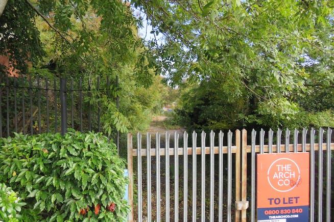 Land, Off St George's Road, Aldershot To Let - IMG_0564.JPG