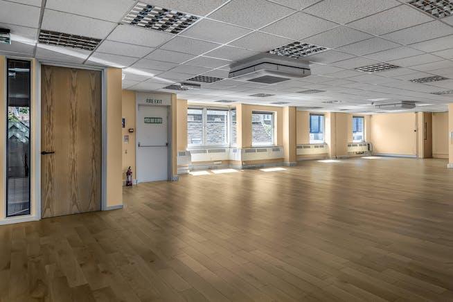 King George V Place, 1st Floor, Windsor, Office To Let - 477312 (5).jpg