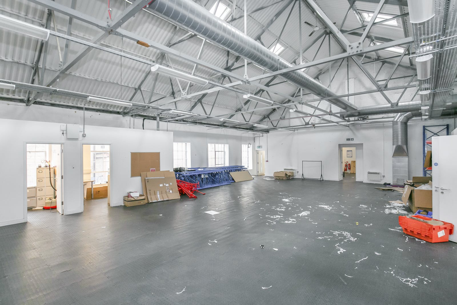 7-9 Chatham Place, London, Office / Industrial / Trade Counter / Retail / Showroom / Leisure / D2 (Assembly and Leisure) To Let - S25C8003.jpg