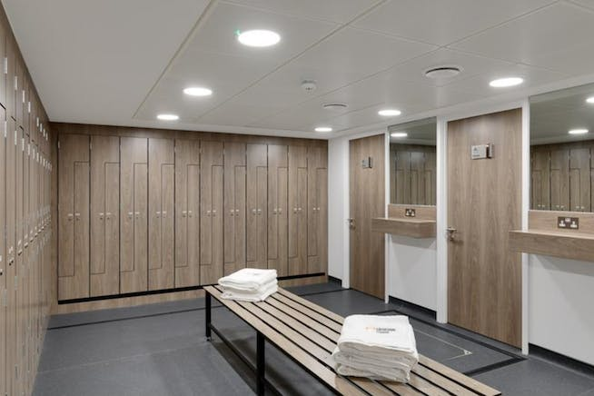 1000 Cathedral Square, Guildford, Offices To Let - showers.PNG
