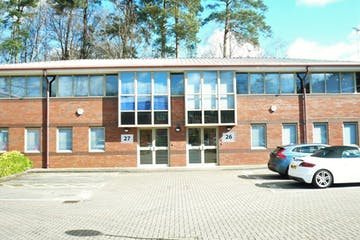 Ground Floor, 27 Wellington Business Park, Crowthorne, Offices To Let - Ground Floor 27 Wellington Business Park, Crowthorne RG45