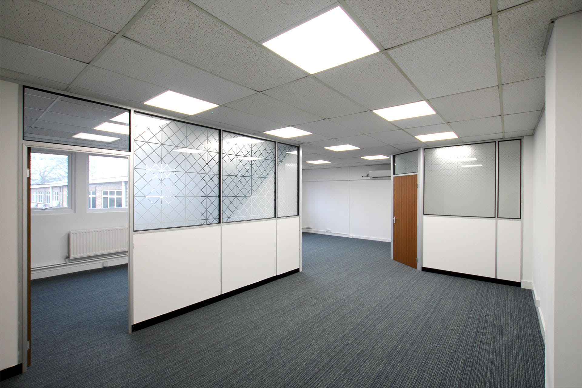 Lansbury Business Estate, 102 Lower Guildford Road, Knaphill, Woking, Office To Let - LBE-unit-211_6988-1920.jpg