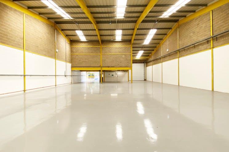 Unit 3 Springlakes Industrial Estate, Aldershot, Warehouse & Industrial To Let - Warehouse internal 2
