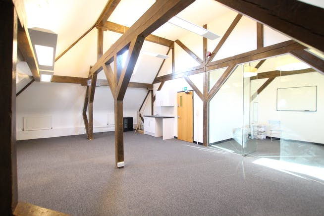 Suite 4B, Victoria House, South Street, Farnham, Offices To Let - IMG_21151.JPG