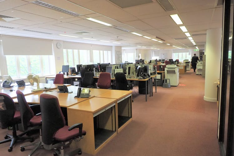 31-33 Perrymount Road, Haywards Heath, Office To Let / For Sale - P6100404.JPG