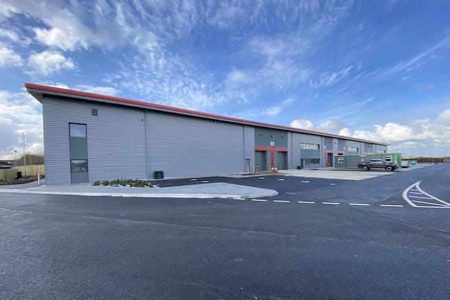 Tavis House Business Centre, Haddenham, Industrial / Investment To Let / For Sale - UNITS 1-4 B.JPG