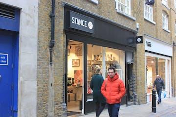 3 Neal Street, London, Retail To Let - 3 Neal Street brochure_r5.jpg