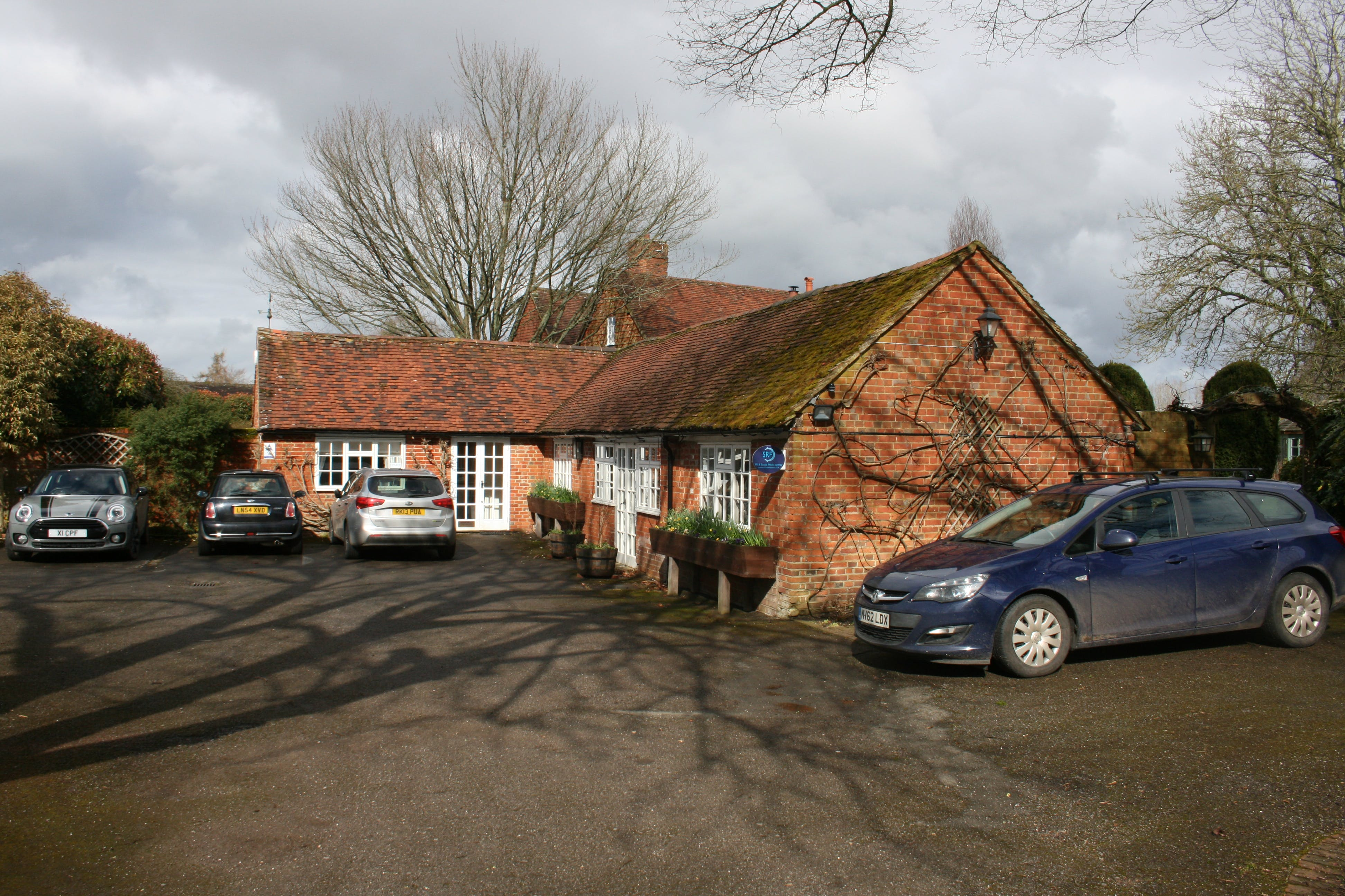 Studio 6, The Old Parsonage, Farnham, Offices To Let - IMG_0052.JPG