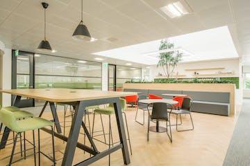 1 Roundwood Avenue, Stockley Business Park, Uxbridge, Offices To Let - 2.jpg