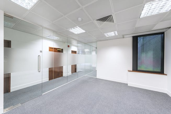 Sentinel House, Marylebone, London, Office To Let - sentinelhousemaryleboneofficetoletmeetingroom.jpg