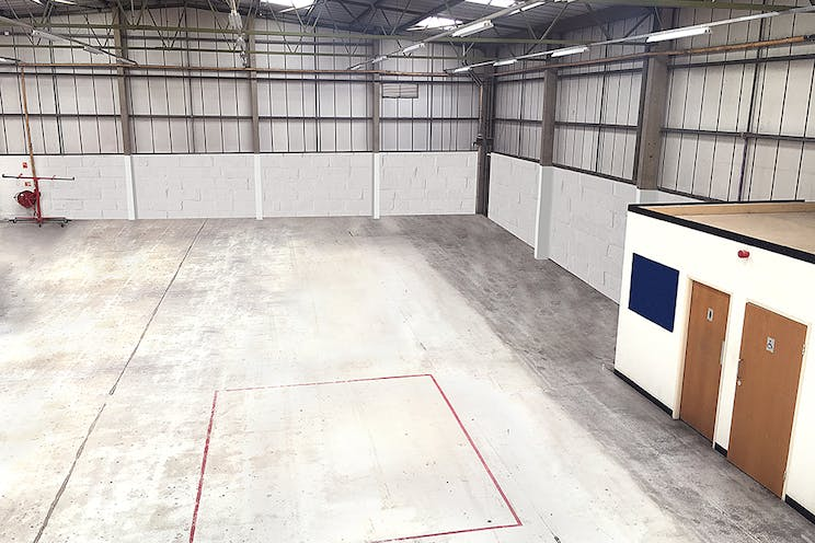 Unit A1, Worton Grange Industrial Estate, Reading, Industrial To Let - Warehouse2LR.jpg