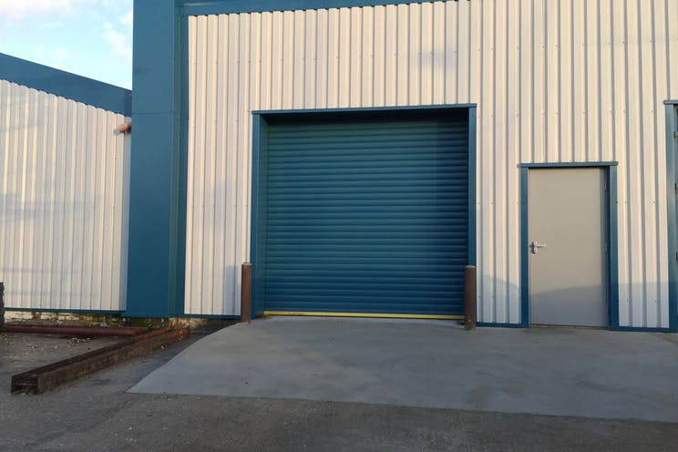 Unit 1c, Quayside Road, Southampton, Industrial To Let - Rear Unit 1c.jpg