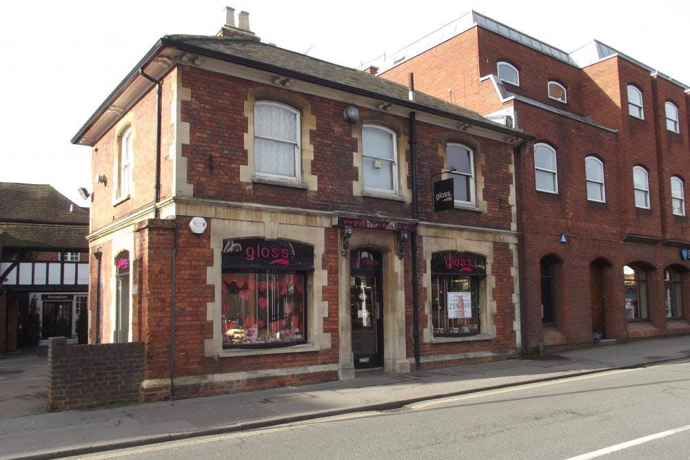 1 South Street, Farnham, Retail To Let - 1 South Street