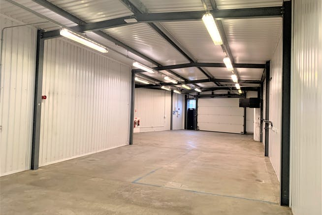 Units 3, 11 And 16, Linford Street Business Estate, Battersea, Industrial To Let - Unit 11 iii.JPG