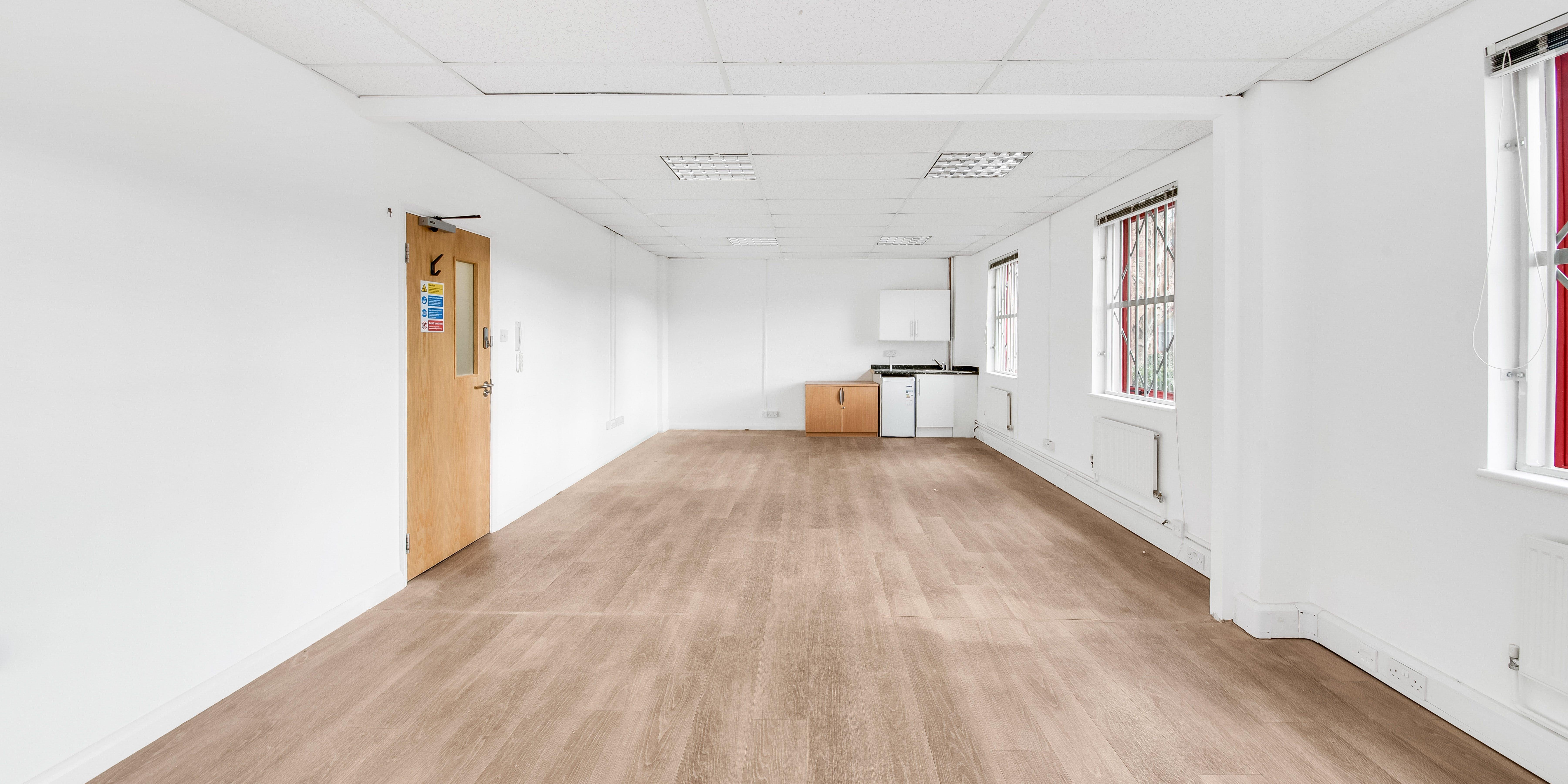 Grosvenor House, Agecroft Enterprise Park, Swinton, Office To Let - _SPY9324-2.jpg