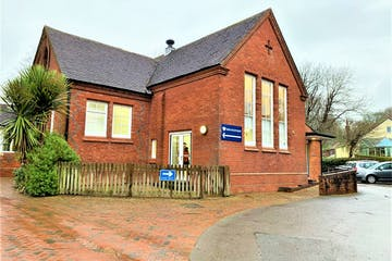 Bishops Waltham Library, Southampton, Office To Let - 34imfcY-2.jpg