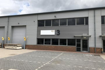Unit 3, Camberley, Warehouse & Industrial To Let - IMG_3081.jpg