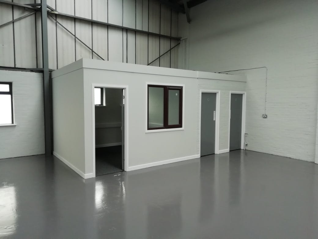Unit 3, Bilton Industrial Estate, Bracknell, Industrial To Let - IMG_20201119_125943_resized_20201125_112507640.jpg