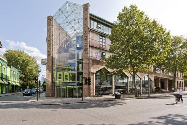 Unit 2.20 The Plaza, 535 Kings Road, London, Office To Let - 535 kings rd-1521 (road) low.jpg