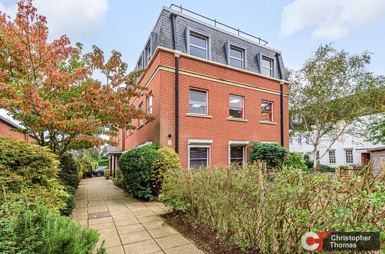 Europa House, Gerrards Cross, Office To Let - b470cb8391c9493a8fbb2da51162a853.jpg