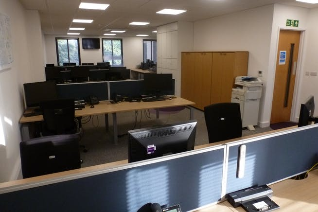 Fawley House, Bourne End, Offices / Investment For Sale - P1080637.JPG