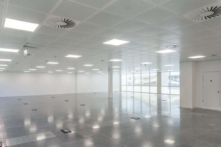 Form 1, Bartley Wood Business Park, Hook, Offices To Let - _IMG66010.jpg