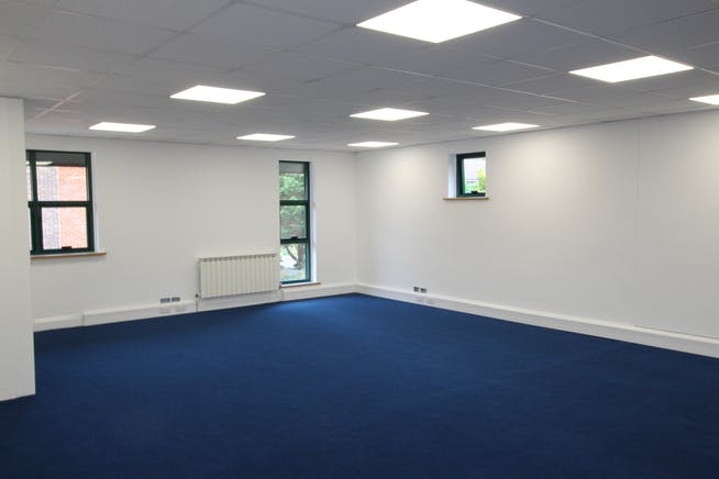3 Hurlands Business Centre, Hurlands Close, Farnham, Offices / Warehouse & Industrial To Let - IMG_8237.JPG