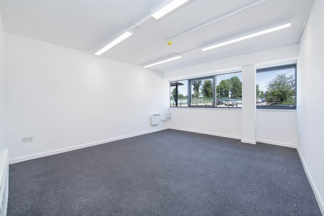 14 Meadow View, Long Crendon, Office / Industrial To Let - F-11.jpg
