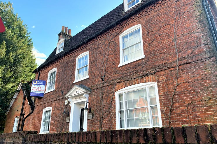 Fairfield House, 24 High Street, Bookham, Offices To Let - IMG_6740.jpg