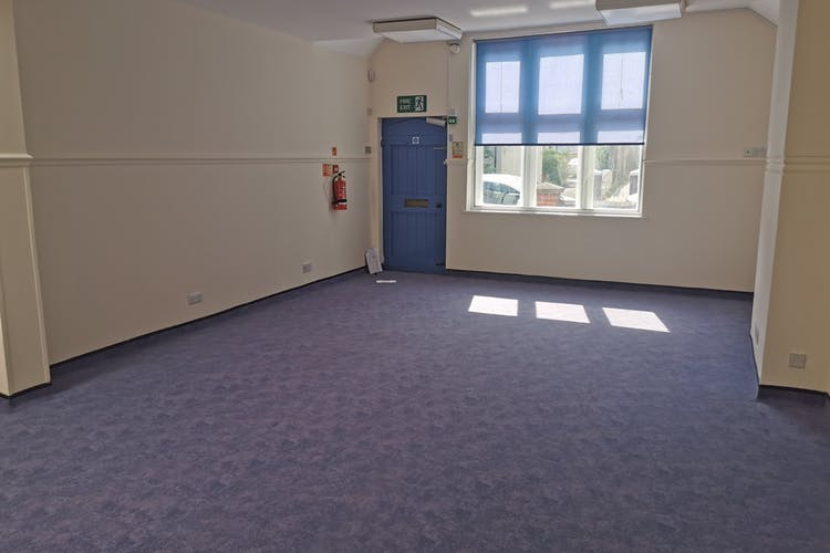 6-8 Ashdown Road, Worthing, Leisure / Office / Sui Generis (other) / Retail For Sale - IMG_20210615_163005.jpg