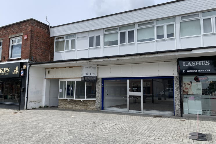 2 Queens Parade, Waterlooville, Retail To Let - 20210705 131640.jpg