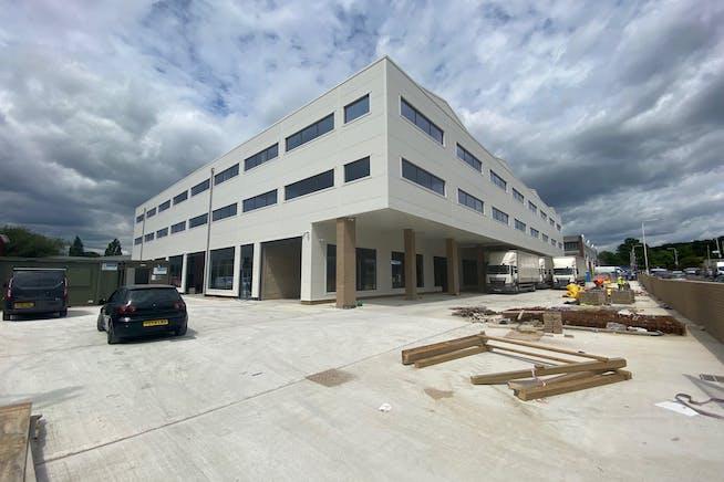 43 - 49 Fowler Road, Hainault, Office / Industrial To Let - IMG_1634.jpg