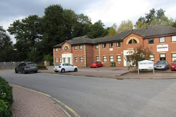 Tanners Yard, Bagshot, Offices To Let - IMG_0365.JPG