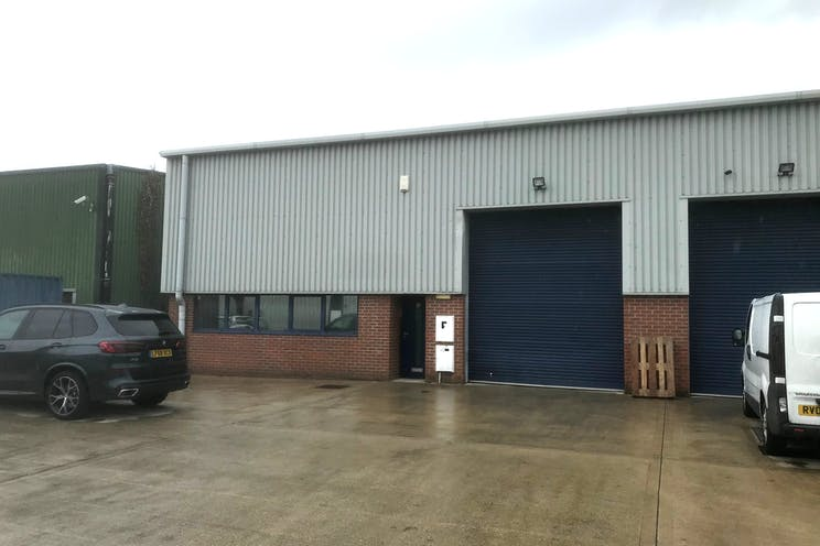 Unit 5 Rockfort Industrial Estate, Hithercroft Road, Wallingford, Industrial To Let / For Sale - IMG_3433.jpg