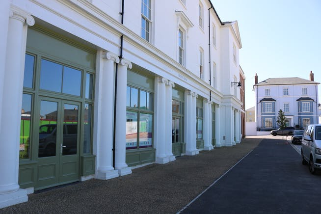 Unit B, Regents House, Crown Square, Dorchester, Office / Retail & Leisure To Let / For Sale - IMG_8365.JPG