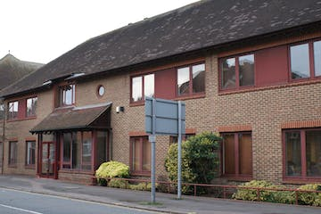 Ranmore House, 7 The Crescent, Leatherhead, Investment Property, Offices For Sale - DSC04778.jpg