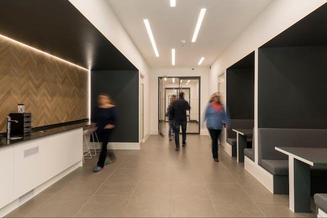 Rivergate House, Newbury, Offices To Let - Internal 1.PNG