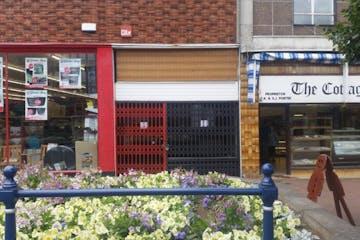 9 High Street, Gosport, Retail To Let - 238-3864-1024x576.jpg